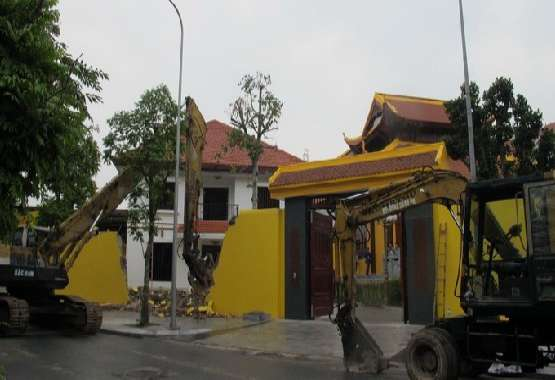 Nhận phá dỡ nhà uy tín giá rẻ tại Hà Nội 0985.119.883