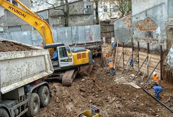 Giá đào móng nhà hiện nay có đắt không