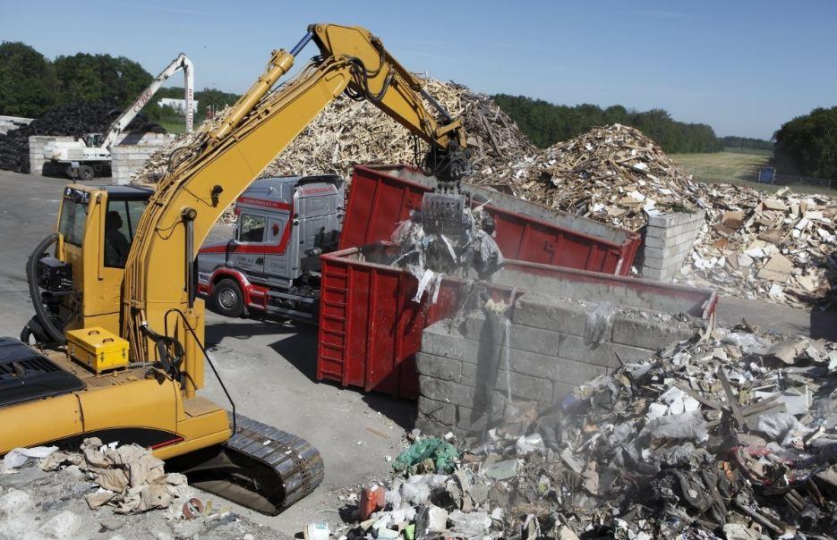 Giá vận chuyển phế thải xây dựng theo từng loại xe