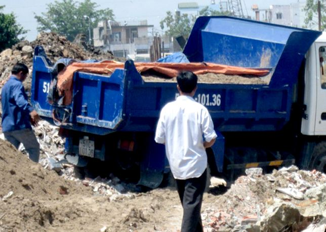 Một số quy định về loại xe vận chuyển phế thải xây dựng